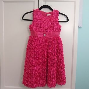 Formal dress with LOTS of sparkle!!!